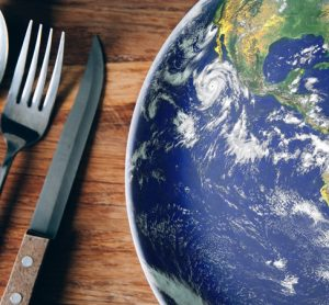 Research finds that global diets are converging, with benefits and problems