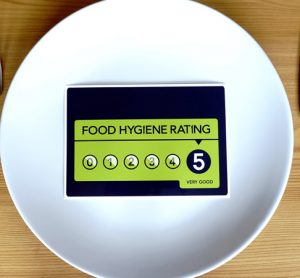 Report investigates importance of food hygiene ratings for consumers