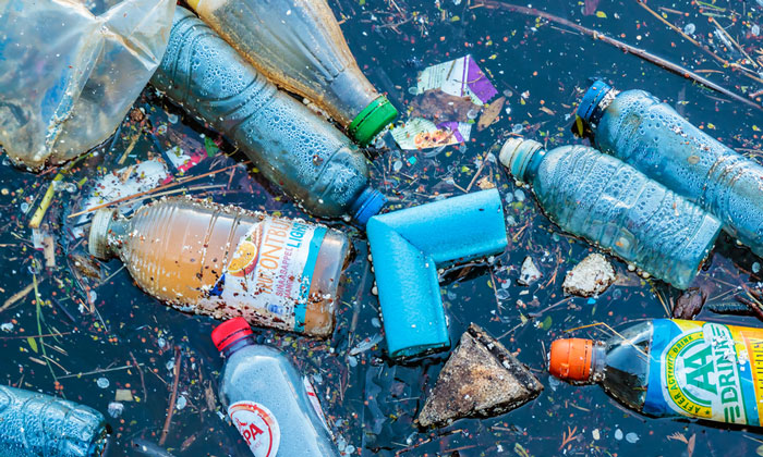 UK Science Minister announces £20 million plastics research fund
