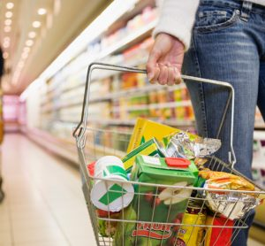 One in three UK shoppers concerned about food safety, according to report